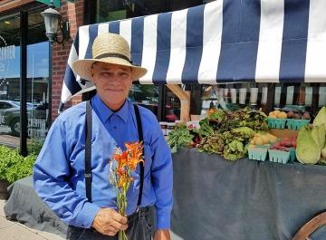 Farmer Steven & daylilies
